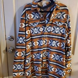 NWT Eddie Bauer Fleece shirt. TXL. Multicolor